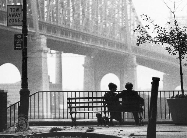 still-of-woody-allen-and-diane-keaton-in-manhattan-large-picture