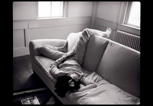 susan-sontag-relaxed-1988-long-island2