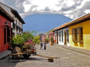 Calle_del_Arco,_Antigua_Guatemala